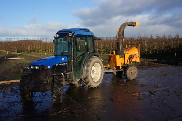 New holland TND75-4-WD1